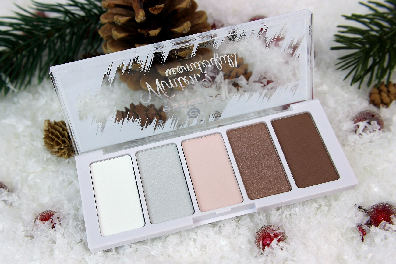 blush, dezember, drogerie, essence, glitzer, le, lidschatten, limited edition, nageldesign, nagellack, palette, pastell, review, swatches, top coat, tragebilder, trend edition, weiß, winter, winter? wonderful!,