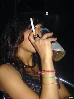 smoking and drinking: women run greater risks