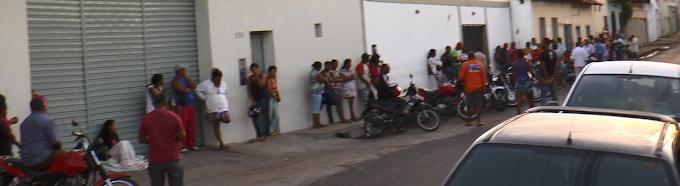 """Governo Léo Coutinho """"proporciona"""" enormes filas em consultas médicas para caxienses!!!"""