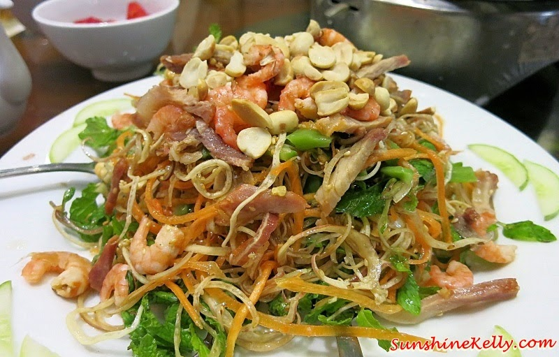 Vietnamese Salad, Vietnamese Food, My Khe Beach, Da Nang, Vietnam, Dragon Bridge, Han River, Kim Do Restaurant, A La Carte Da Nang Beach