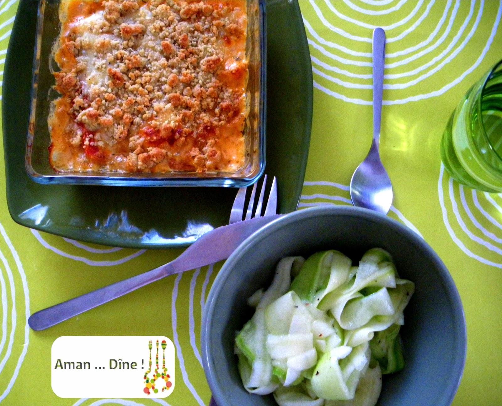 Crumble de tomates, chèvre et basilic et tagliatelles de courgettes
