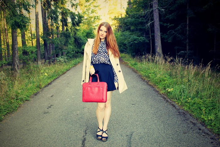 hearts, blouse, mango, red bag for notebook, what to wear to work