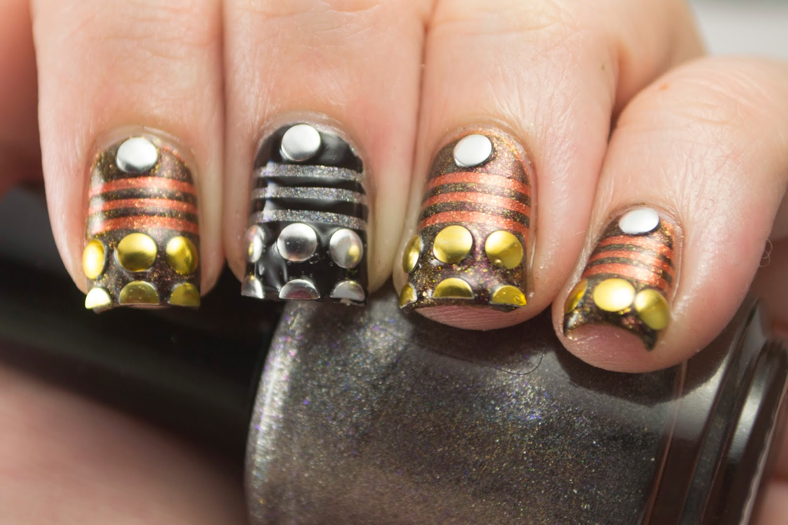 nails, nail polish, nail art, polish, pahlish, doctor who, daleks, sci fi, hey darling polish, nail art a go go