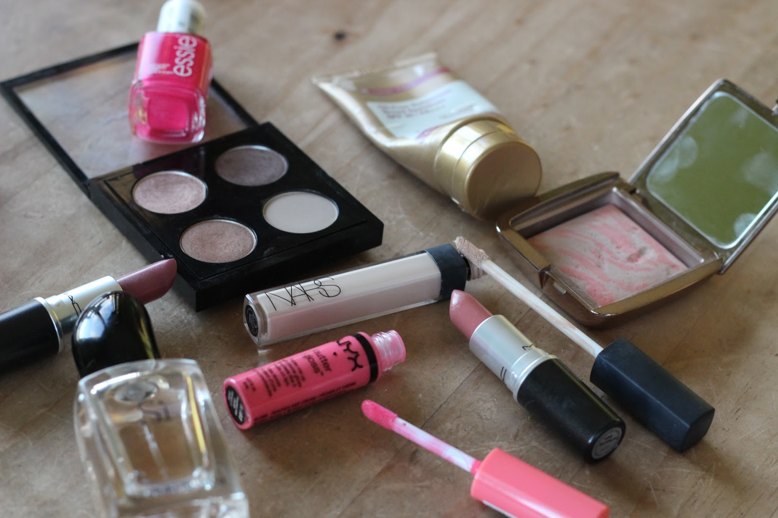 Top 14 Beauty Products Of 2014