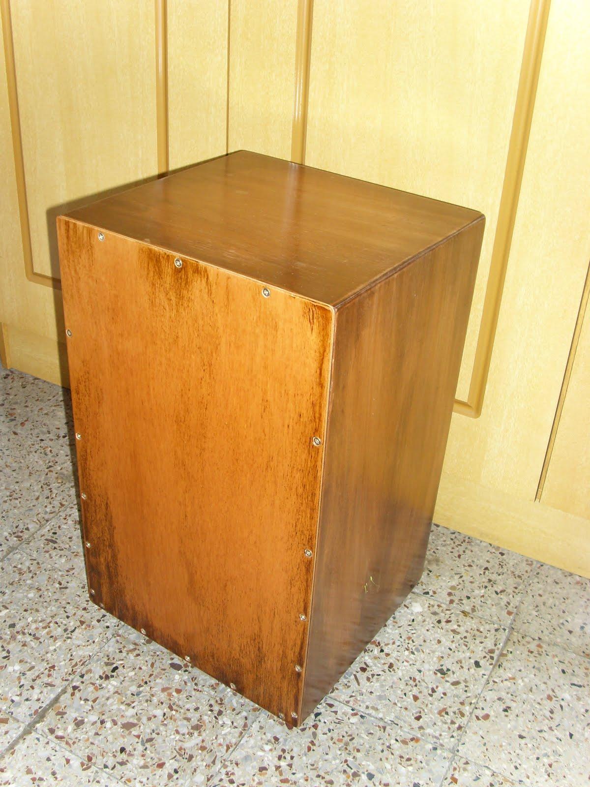 Maderas en la red cajones peruanos y cajones flamencos for Reparacion de muebles antiguos