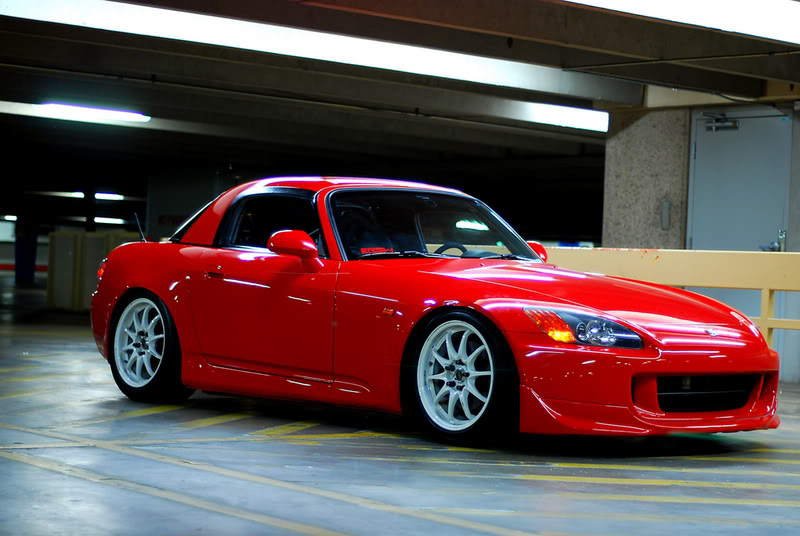 czerwona, Honda S2000, kultowy roadster, najciekawsze sportowe samochody, 125 KM z litra pojemności, auta ze ściąganym dachem, zdjęcia, JDM style