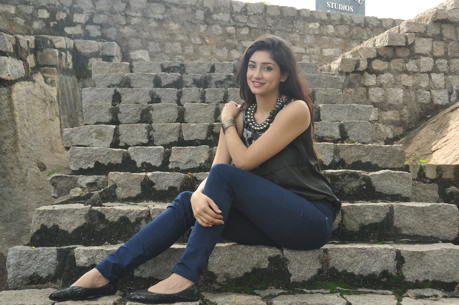 Actress Tanvi Vyas in shorts from movies - Celebrity ...