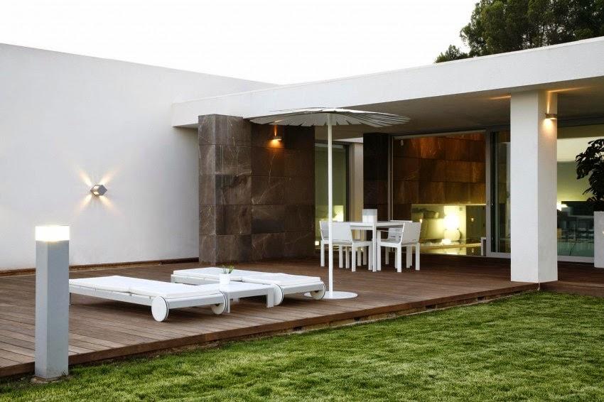 Medio Baño Minimalista:Casa Ágora Estilo Minimalista / Vic Projects, España – ArQuitexs