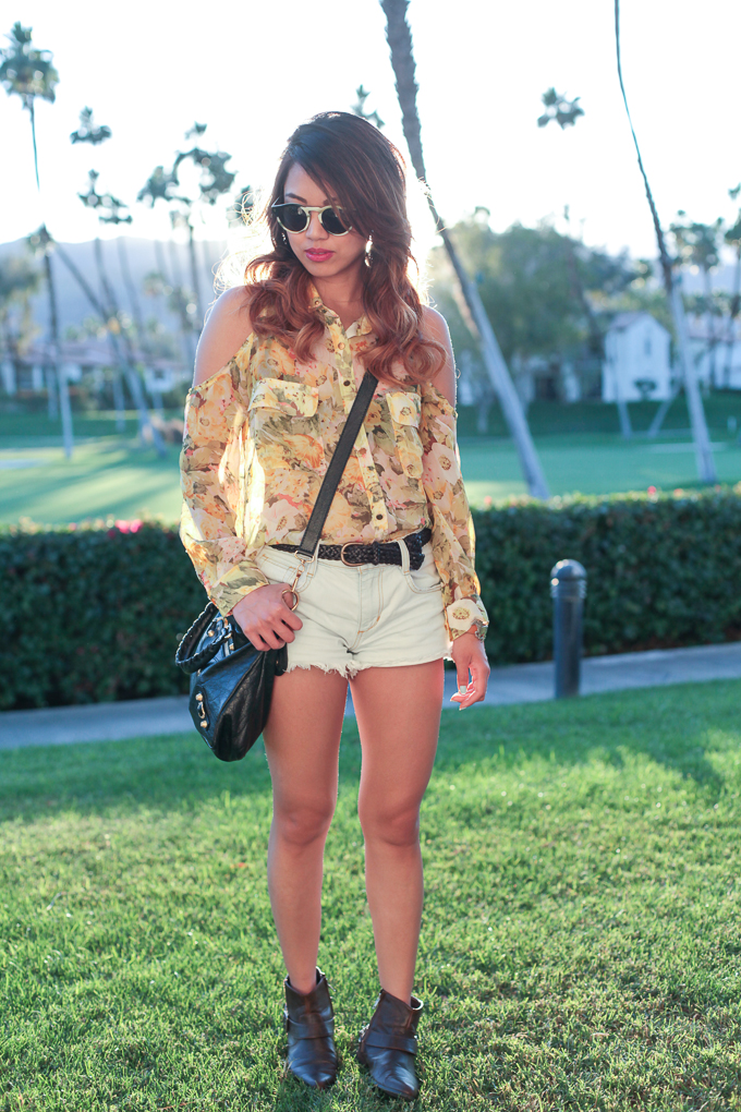 Lovers + Friends Into It Top, Floral Top, Joe's Jeans Vintage Reserve Cut-offs, Chain Ankle boots, Illesteva Leonard sunglasses, Coachella Outfit