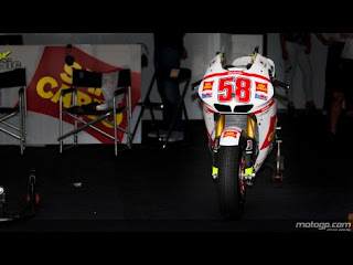 Marco Simoncelli dead after Malaysian Moto GP crash in Sepang