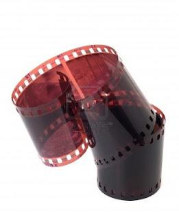 1659447 negative film isolated on white Mengubah Klise menjadi pohot berwarna dengan photoshop