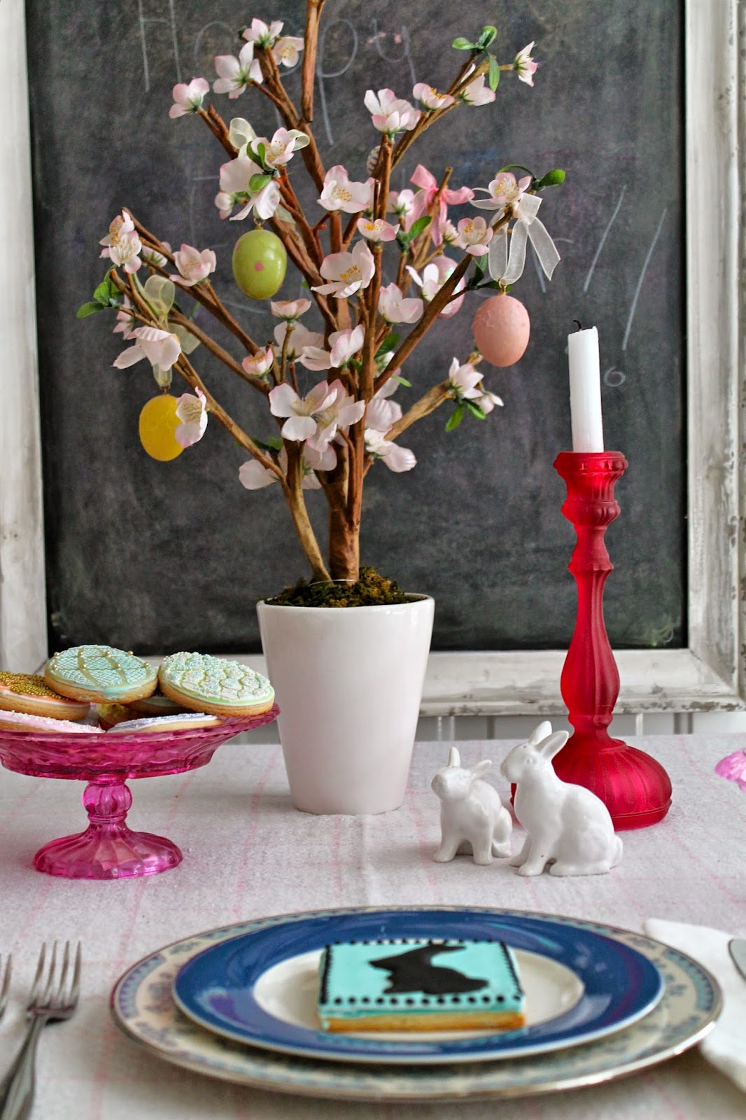 Easter cookie table
