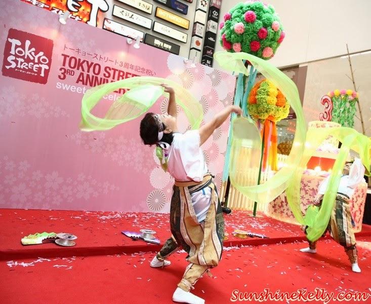 kocyou no mai, Tokyo Street 3rd Anniversary Sweetest Celebration, tokyo street, japan, pavilion kl, kuala lumpur, sweetest celebration, japan culture, Yosakoi Bushi, Kagami Biraki