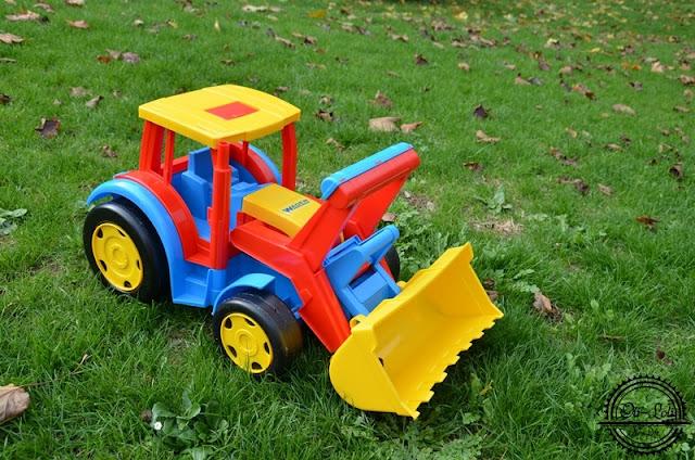 Traktor gigant po testach matki i syna
