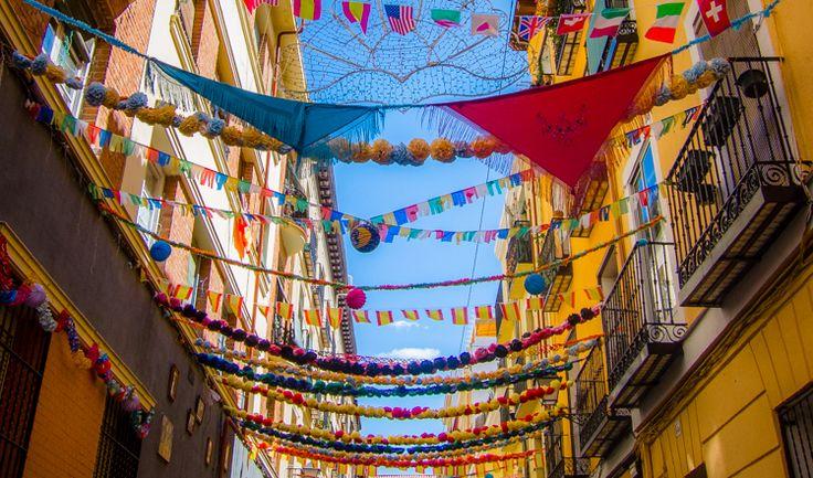 Te vienes a las fiestas de la paloma viajeros del for Feria decoracion madrid