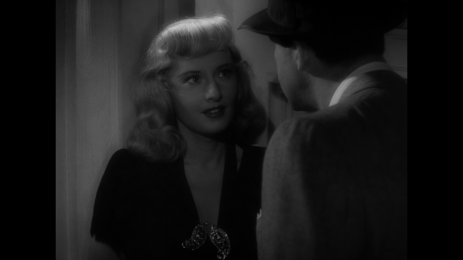double indemnity The tomatometer rating – based on the published opinions of hundreds of film and television critics – is a trusted measurement of movie and tv programming quality for millions of moviegoers.