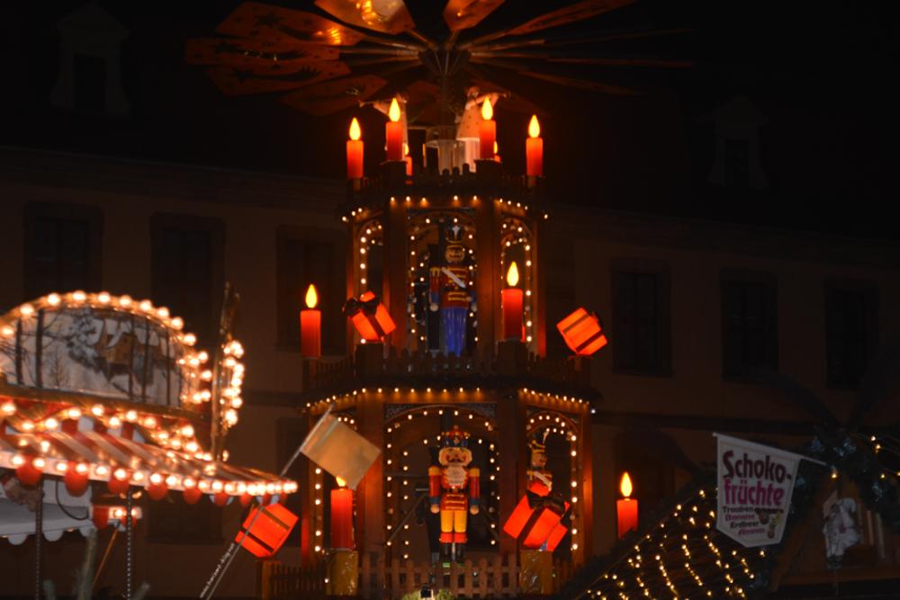 Weihnachtspyramide vom Weihnachtsmarkt in Fulda