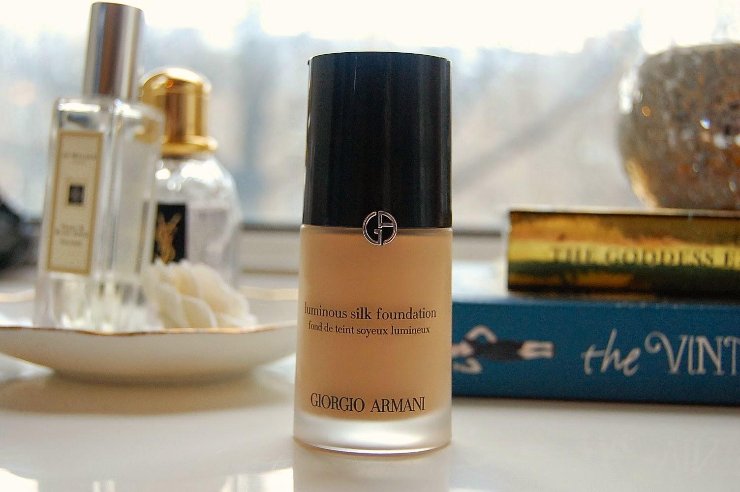 Giorgio Armani Luminous Silk Foundation Review