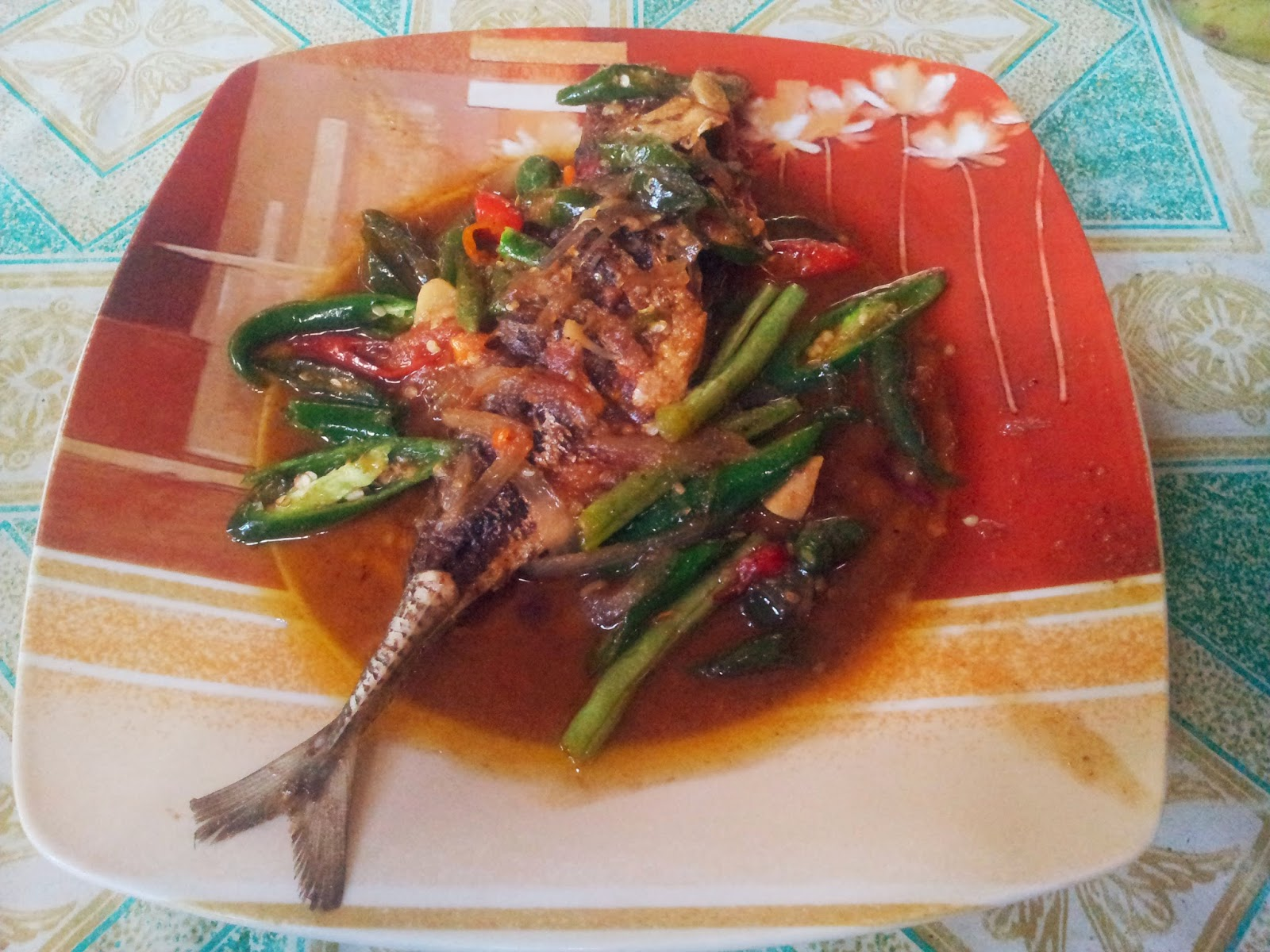 Skipjack tuna with sour and sweet sauce at Goa Cemara