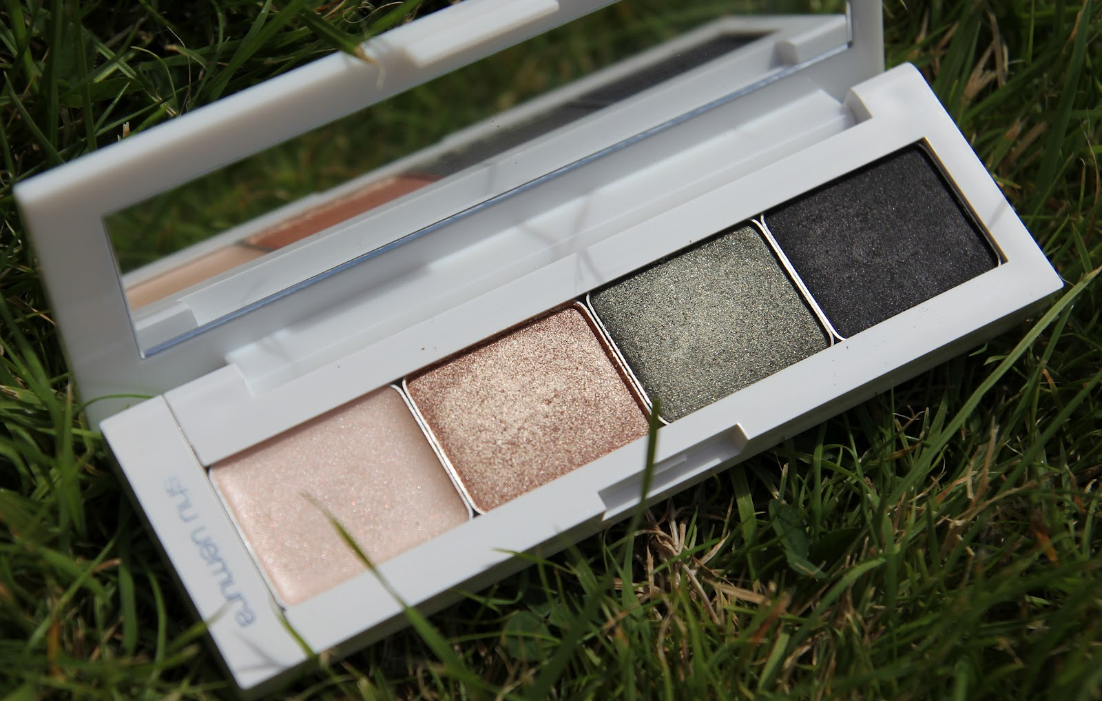 Customisation De Palette : The finished product looks like just that... a finished product, not ...