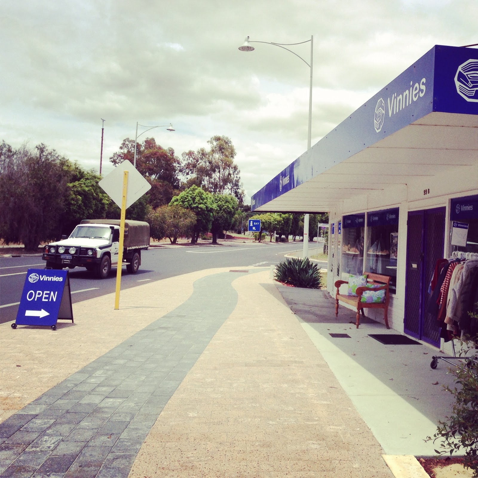 Country Road Pt 1: Waroona Vinnies Op Shop Review