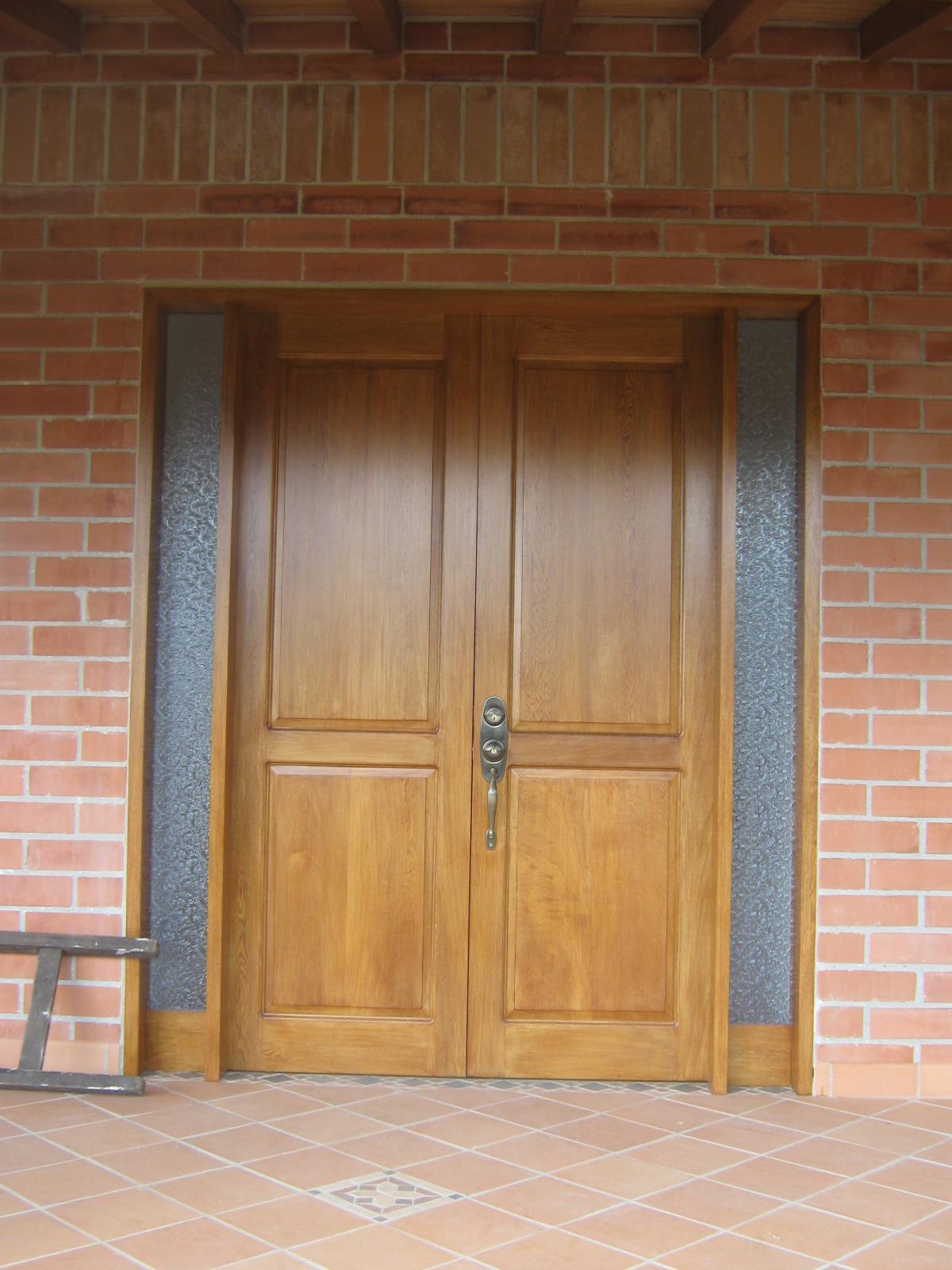 Puertas y cocinas medellin casa finca el retiro for Puertas cocina integral