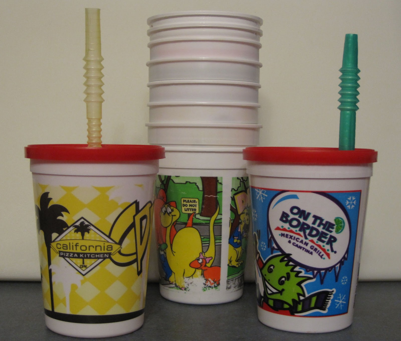 Greening birthday parties reusable tableware green - Cups and kids ...