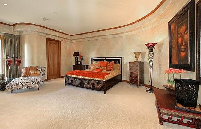 Elegant Master Bedroom Nicolas Cages Former House