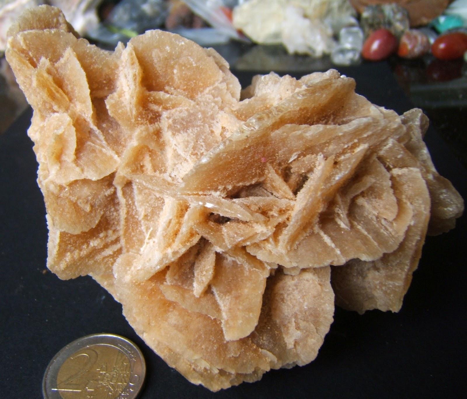 les cristaux du chaos rose des sables du sahara marocain 342g 10 50. Black Bedroom Furniture Sets. Home Design Ideas