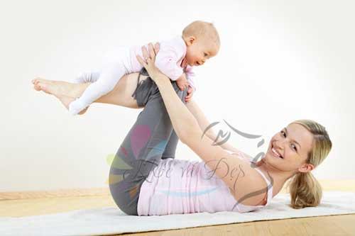 Bài tập đơn giản giúp giảm cân sau sinh cho các chị em phụ nữ