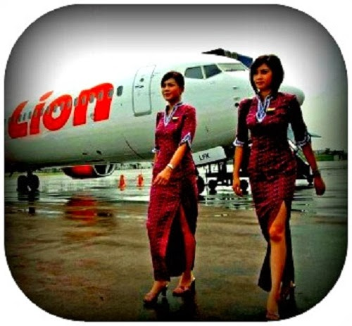 Pramugari Pesawat Lion Air  Cantik
