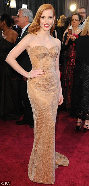 article 2284030 184174AE000005DC 438 310x648 Mega Photo Collection From The Oscars 2013