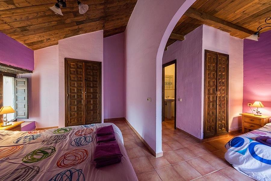 Casa Rural Santa Coloma en Albendiego, Guadalajara.