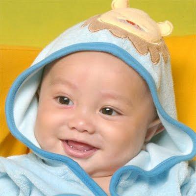 Foto Bayi Lucu | Gambar Bayi Lucu Banget - Beritamandir