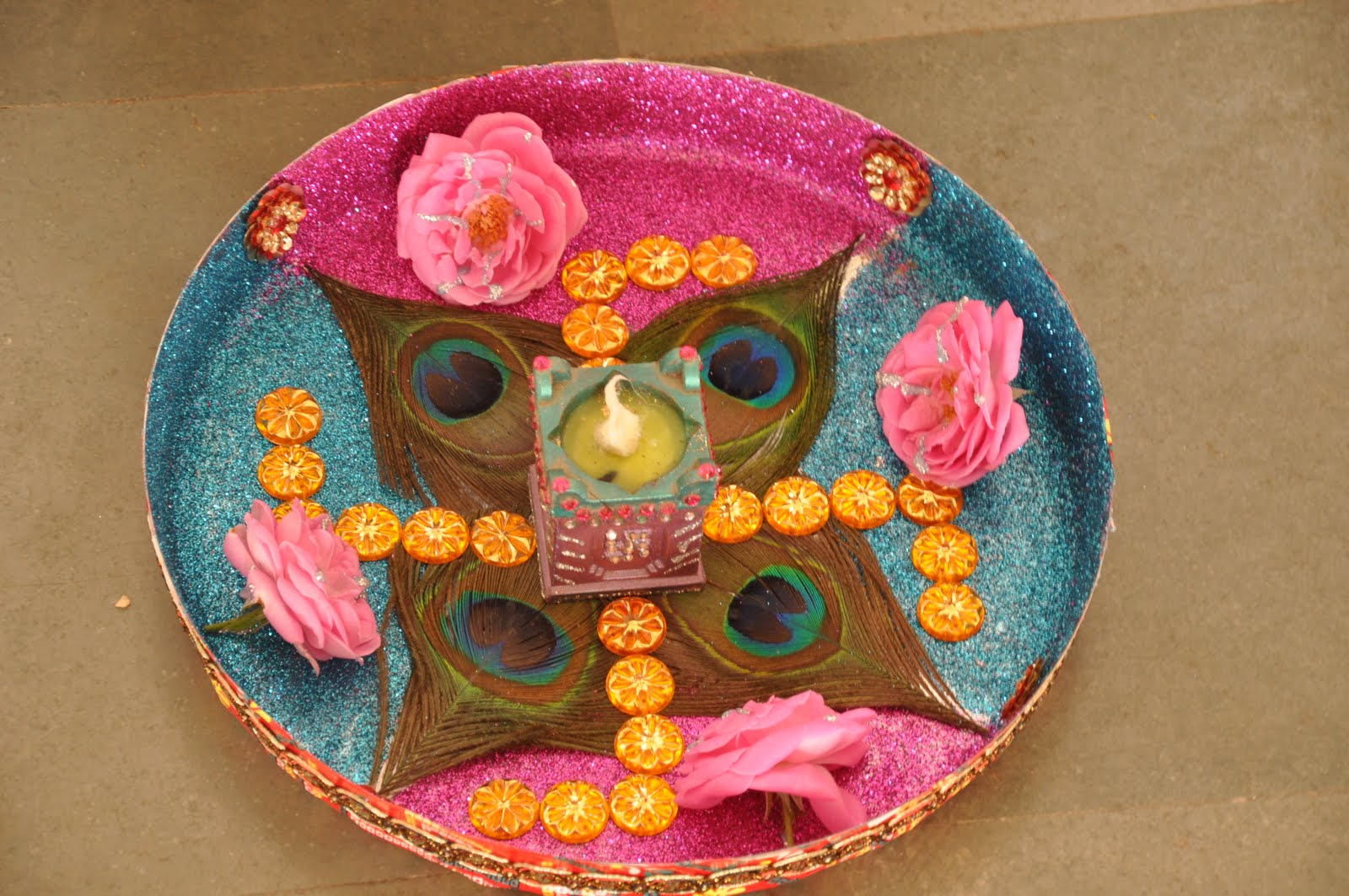 Mammy bachcha aarati thali competition mammy bachcha for Aarti thali decoration competition