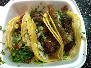 Tacos La Banqueta Dallas DFW Street Tacos Barbacoa BBQ Barbecue Barbeque Bar-B-Q Bar-B-Que Cabeza Lengua Chorizo