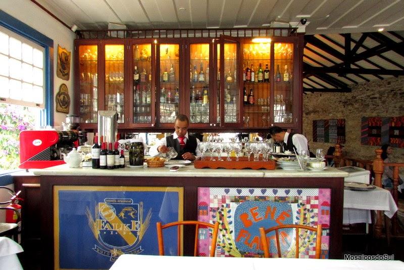 Balcão do Restaurante Bené da Flauta em Ouro Preto
