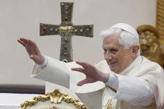 Cardeal de Lisboa reconhece dificuldades do Papa Bento XVI em governar a Igreja
