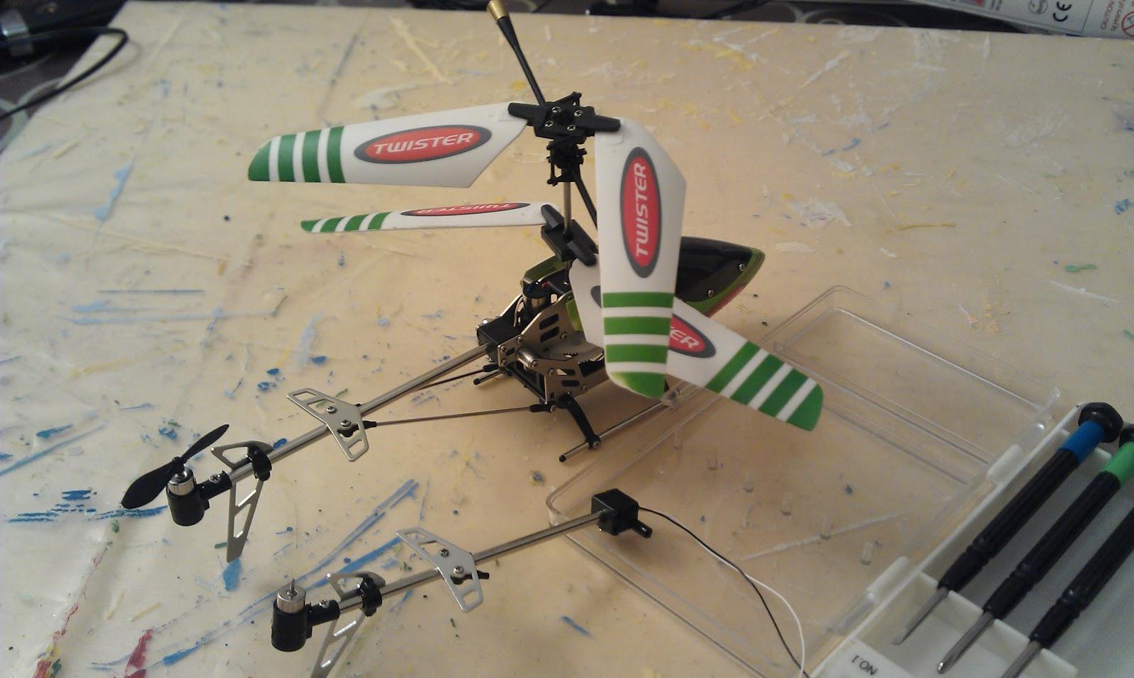 L Elicottero Posizione : Istruzioni per l uso sostituzione del set di coda dell elicottero