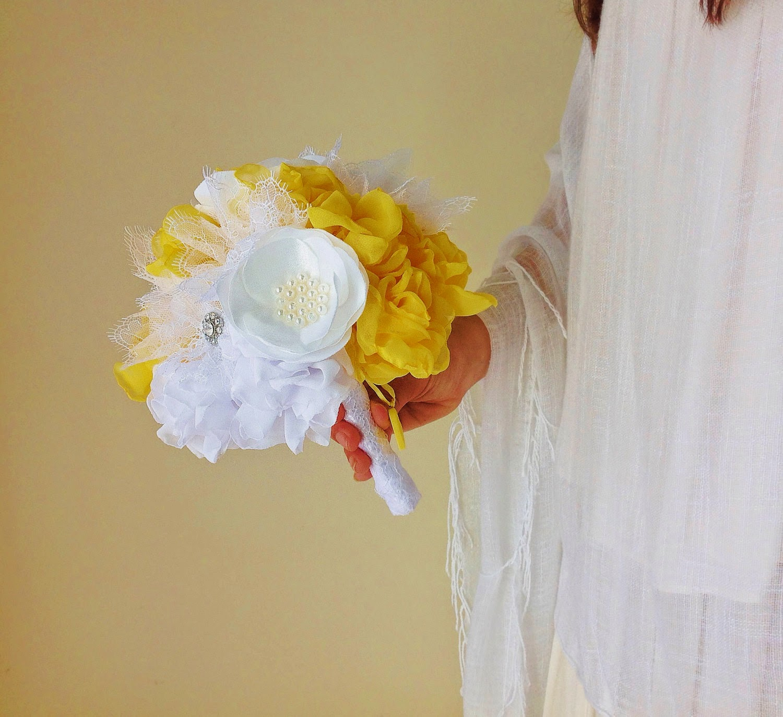 Bouquet de noiva peónias amarelas