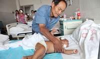 Ibu Sadis Tusuk Bayi Dengan Gunting 90 Kali Saat Menyusui