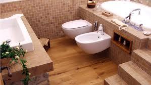Ba os con parquet ideas para decorar dise ar y mejorar for Parquet laminado para banos y cocinas