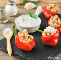 Pimientos mini rellenos de couscous aromático