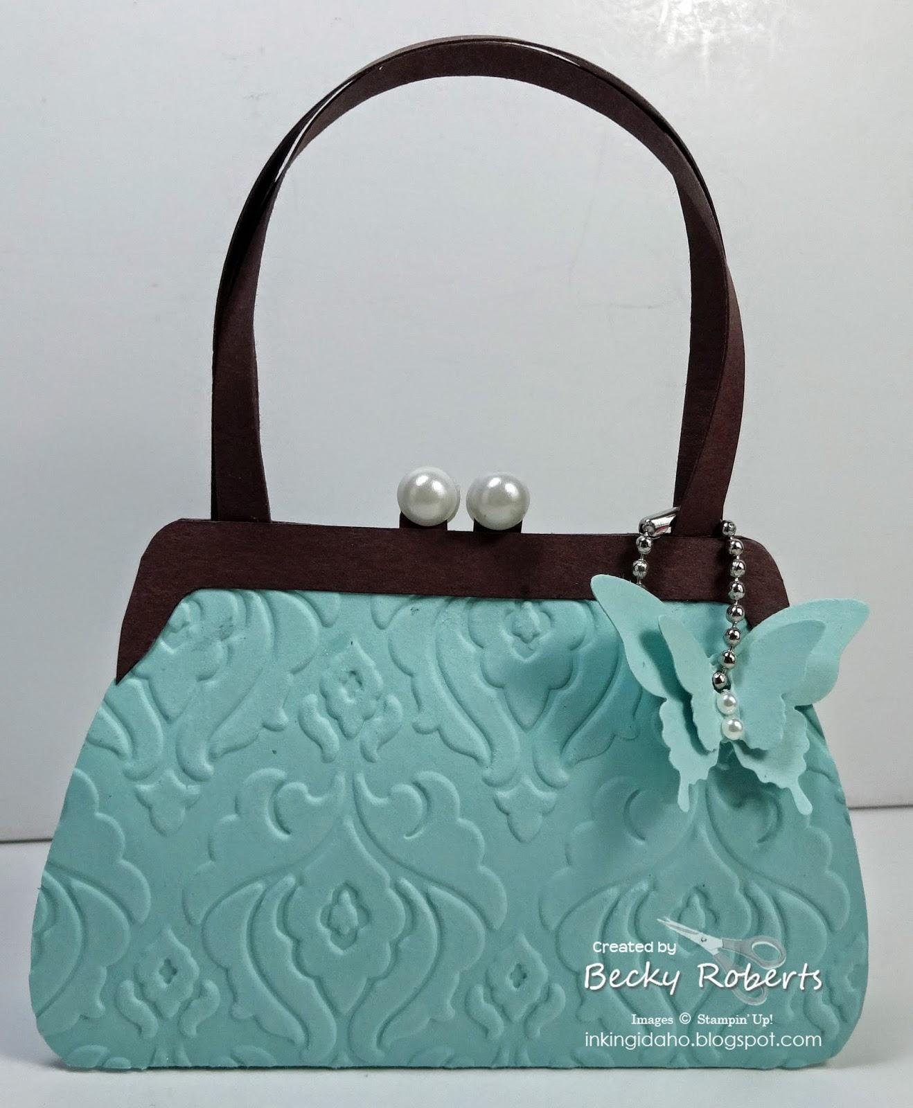 how to keep purse shaped