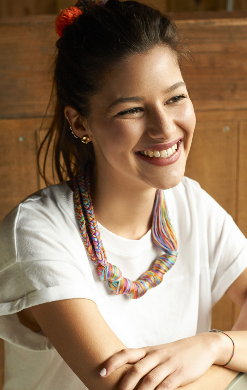 How to make a colorful knotted embroidery floss necklace