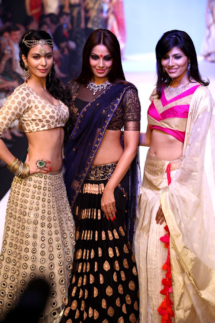 Bipasha Basu Looking Hot in Dark Blue Saree at IIJW-2012