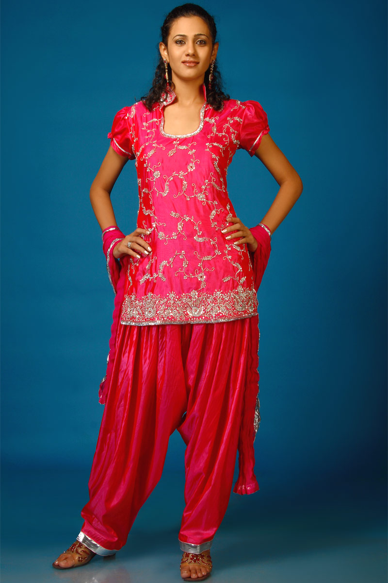 FASHION FOR LADIES: Ladies shalwar kameez