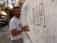 Pintadas en difusión del 25 de mayo en Campana