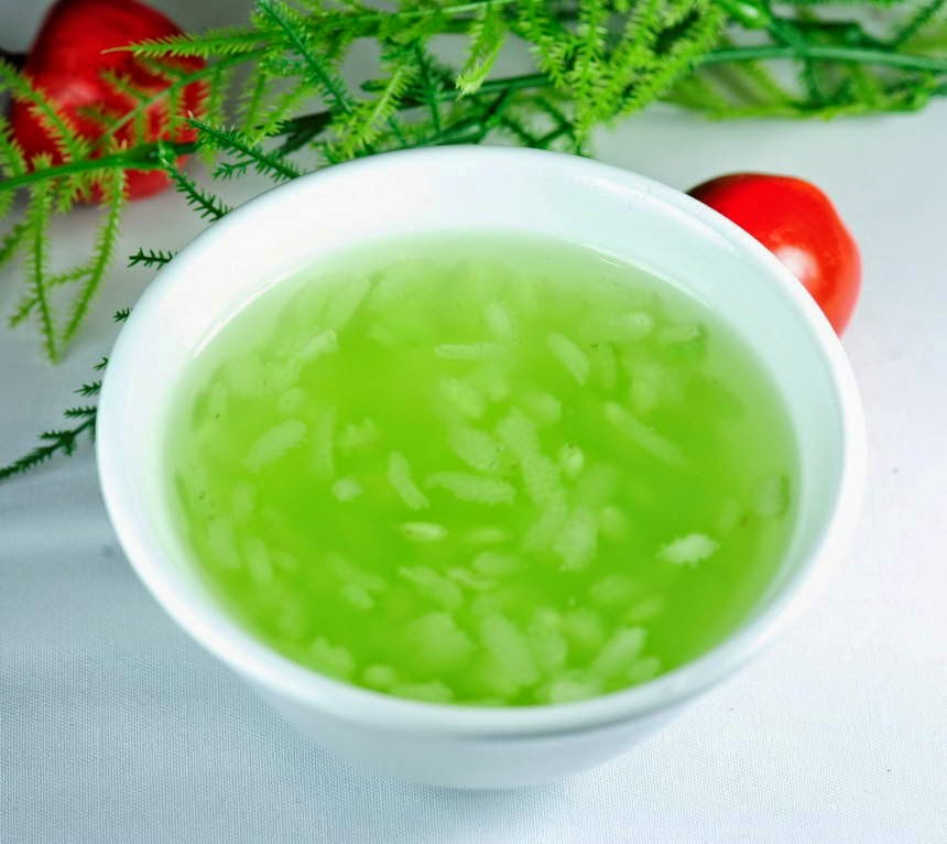 Green Rice Flakes Sweet Soup