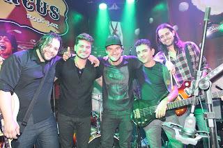Banda de Belo Horizonte tem novo integrante, o baterista David Maciel. Central do Rock